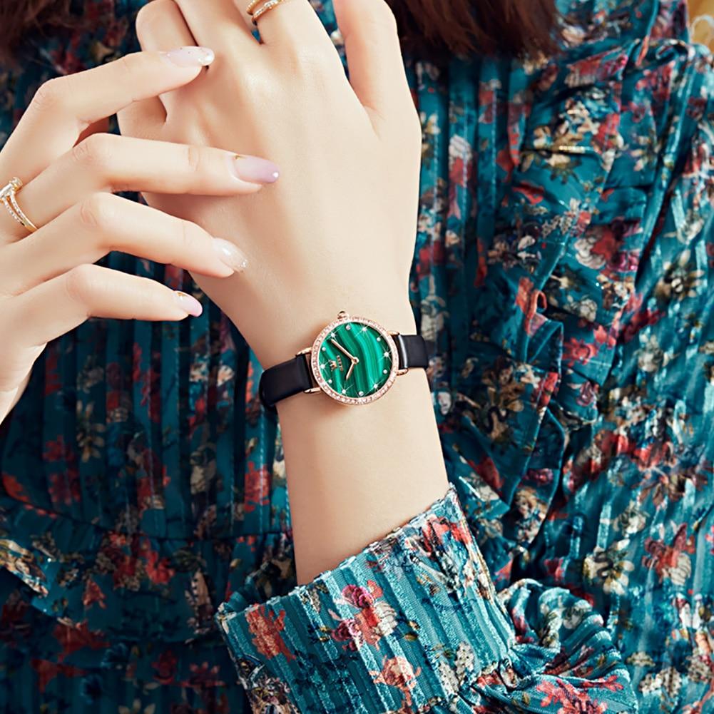 OLEVS ريترو نساء موضة ساعات الأخضر الملكيت الهاتفي مقاومة للخدش مرآة حزام من الجلد السيدات اليابانية كوارتز مجموعة 6628