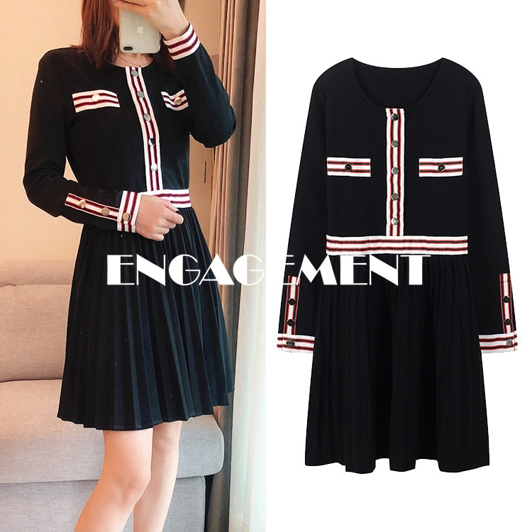 ENGAGEMENT     2021 Autumn Long Sleeve Red and White Striped Elegant High Waist Black Pleated Knit Dress