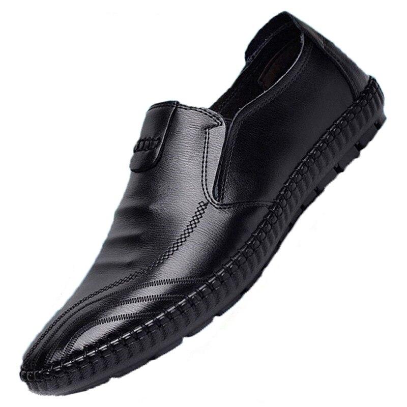 ¡Novedad de 2019! Botas de tacón plano para hombre, zapatos masculinos transpirables con cabeza redonda, Color sólido, botas de primavera a la moda para hombre, talla 39-44