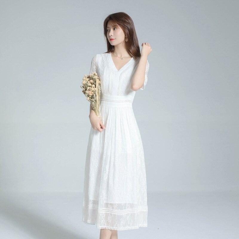 Ханчжоу вышитые шелковые платья женщин 2020 Новый Белый v-образным вырезом вышитые шелковые пляжные Xianqi Длинная женская одежда