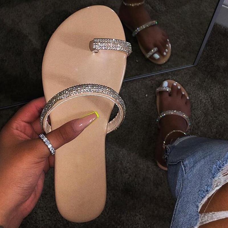 Popular, de moda lentejuelas con efecto diamante EVA sandalias de mujer color caramelo sexy PVC fondo plano Playa Damas zapatillas Zapatillas