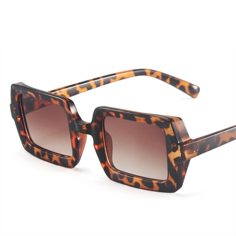 Vintage Retro Square Sunglasses Women Brand Designer Candy Color Sun Glasses Men Fashion Green Eyewe