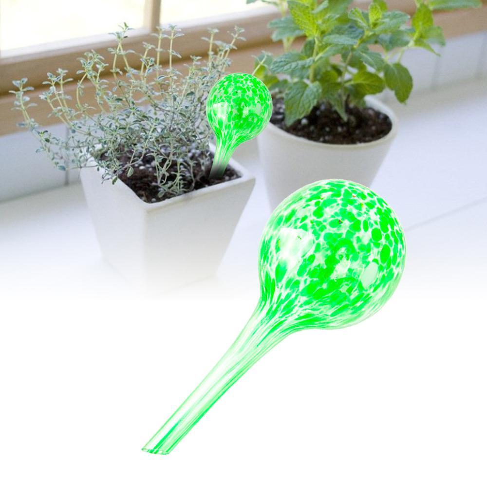 Купить с кэшбэком 6PCS Green Potted Automatic Ball Waterer, Plant Watering Globe, Flower Water Seepage Tool 6pcs 6*15cm