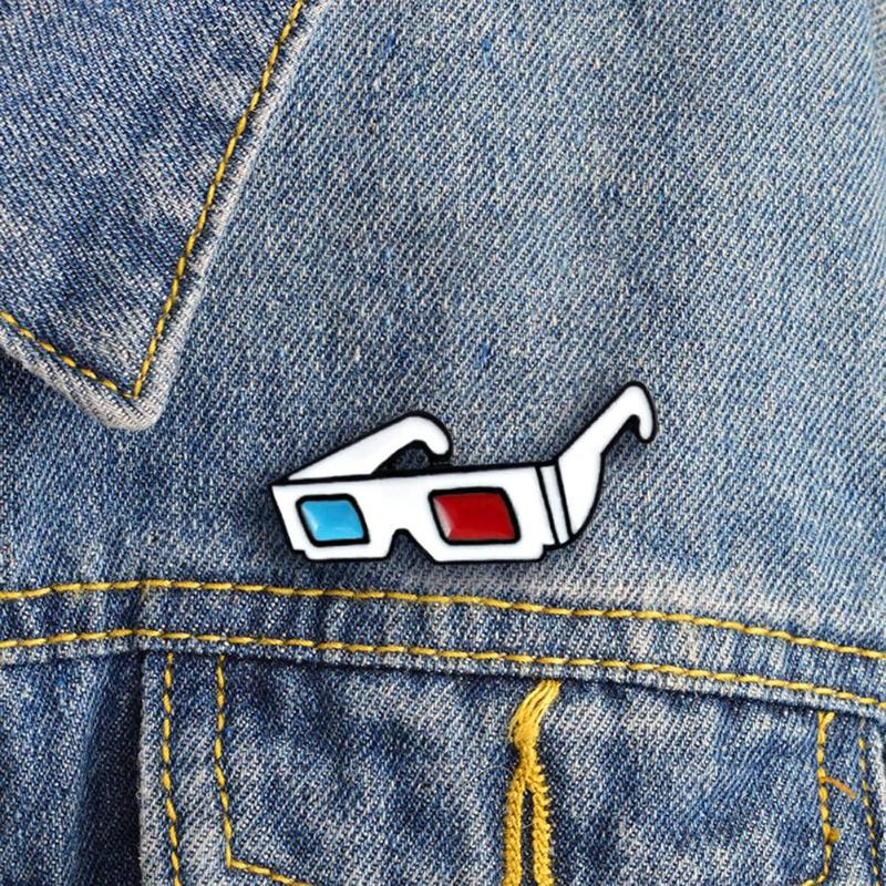 3D Glasses Pin Retro 3D Glasses Red and Blue Hard Enamel Pin Brooch Creative Sunglasses Badges Jewel