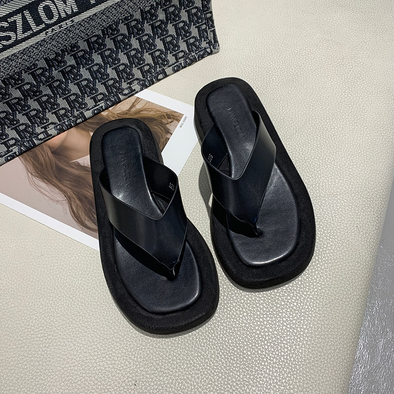 AliExpress - New Style Women's Slippers Summer Women's Beach Flip Flops Sandals Casual Shoes Thick-soled Women's Shoes Cute Slippers