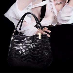 Women Crocodile Pu Leather Messenger Bags Large Capacity Women Bags Handbags Ladies Casual Totes Satchel Women Shoulder Bag