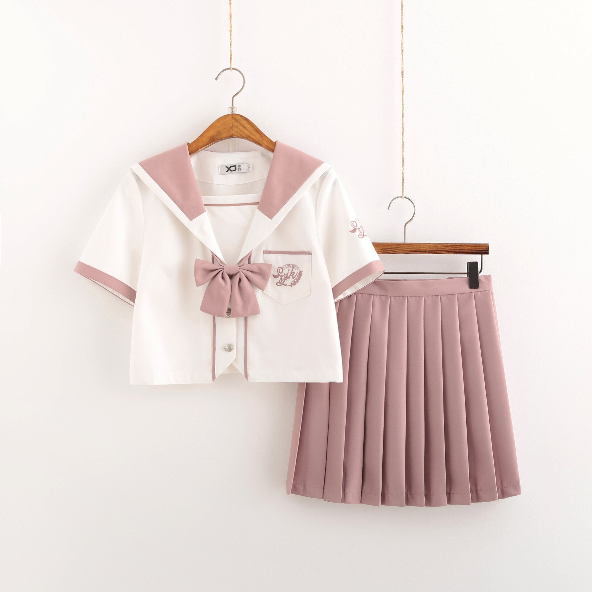 school uniform outfit white short sleeve top and pink skirt 2021 Pink White JK Uniform Summer Short Sleeve Japanese School Uniforms Girls Sailor Sets Pleated Skirt JK Uniform COS Costumes