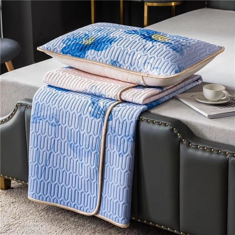 Summer Cool Bedding Set 3 Layer Tencel Ice Silk Bed Linens Latex Sleeping Mat Mattress Topper Soft Bed Sheet Pillowcase Sets