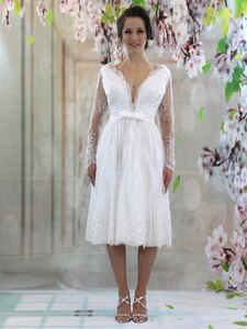 50s Vintage Tea Length Short Wedding Dress Lace See Through Long Sleeve Deep V Neck Open Back Bridal Gowns Plus Size Customize