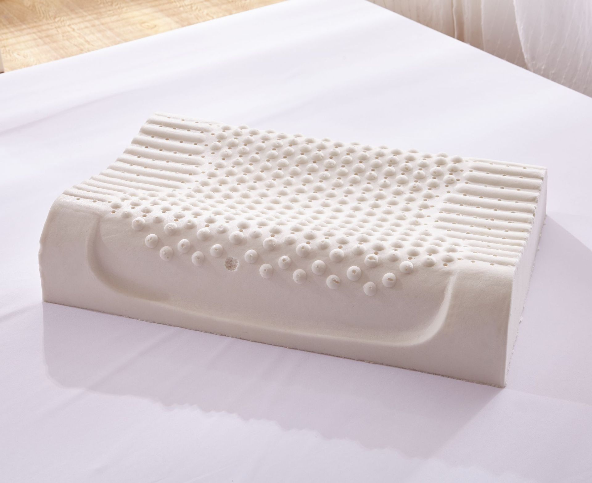 Natural latex pillow Large particle height massage pillow enlarge