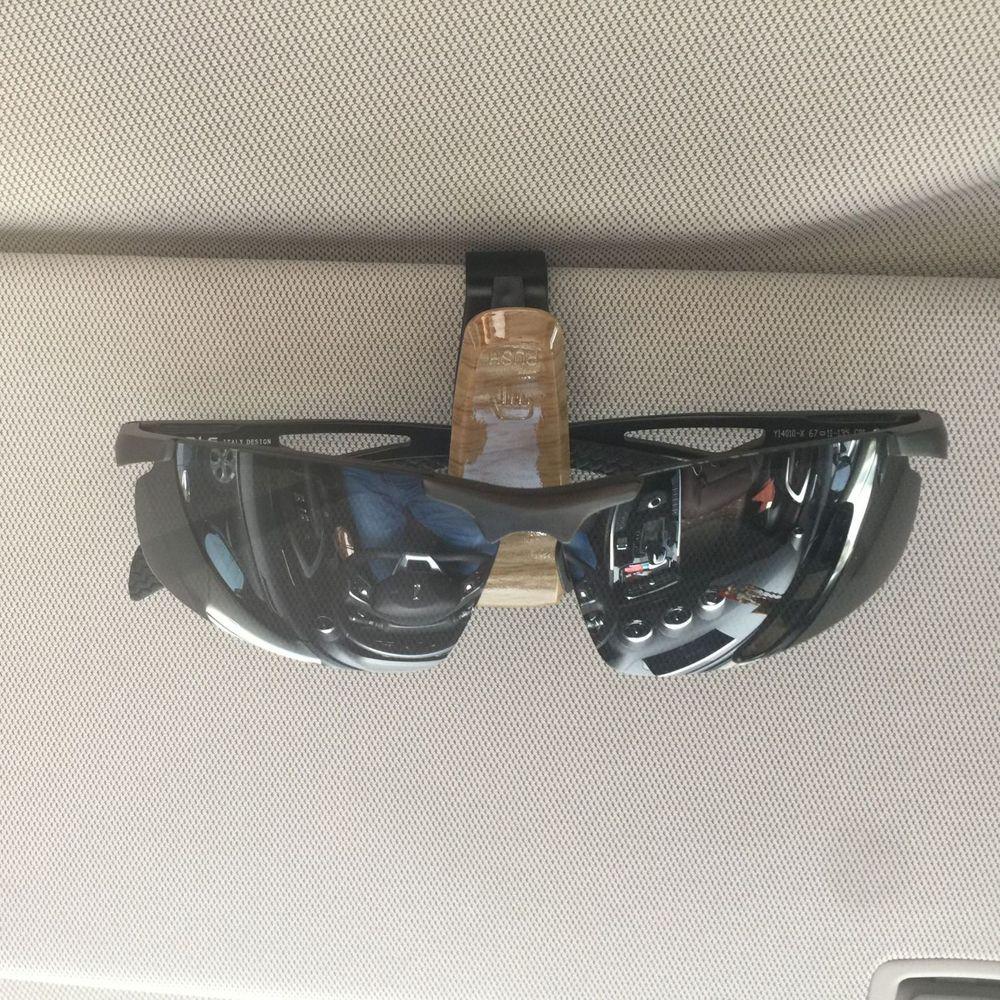 Universal Car Sunglasses Holder Wood Grain Fiber Carbon Ticket Card Clip Sun Visor Glasses Storage Fastener Car Interior Decor