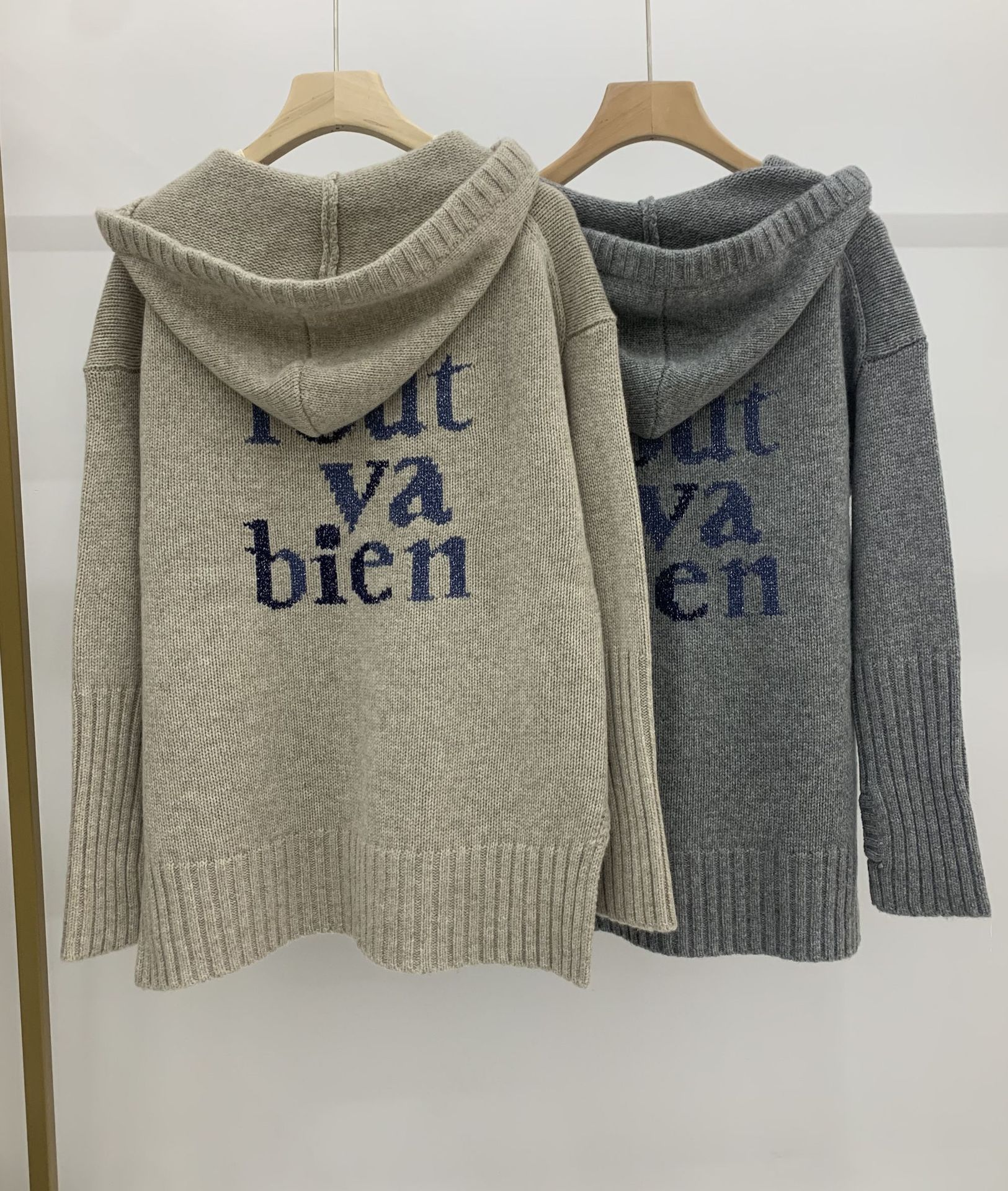 2021 Autumn / Winter New Zipper with Hat Front Short Back Long Back Letter Design Cashmere Sweater Top Girl enlarge