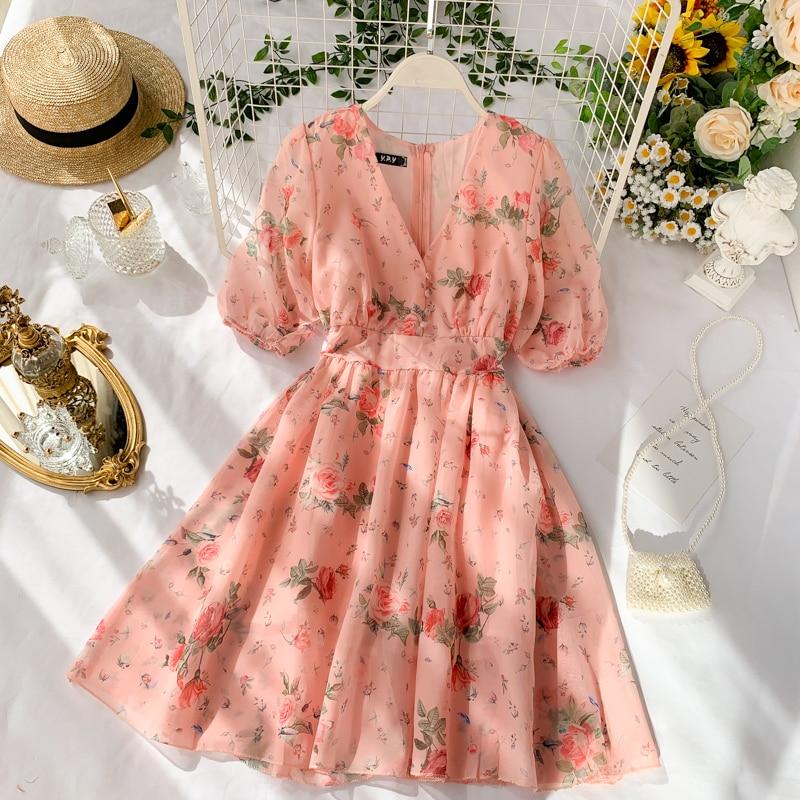 Women's Short Chiffon Dress New Summer Temperament V-neck Waist Slimming French Super Fairy Sweet Floral Popular Dress ML869