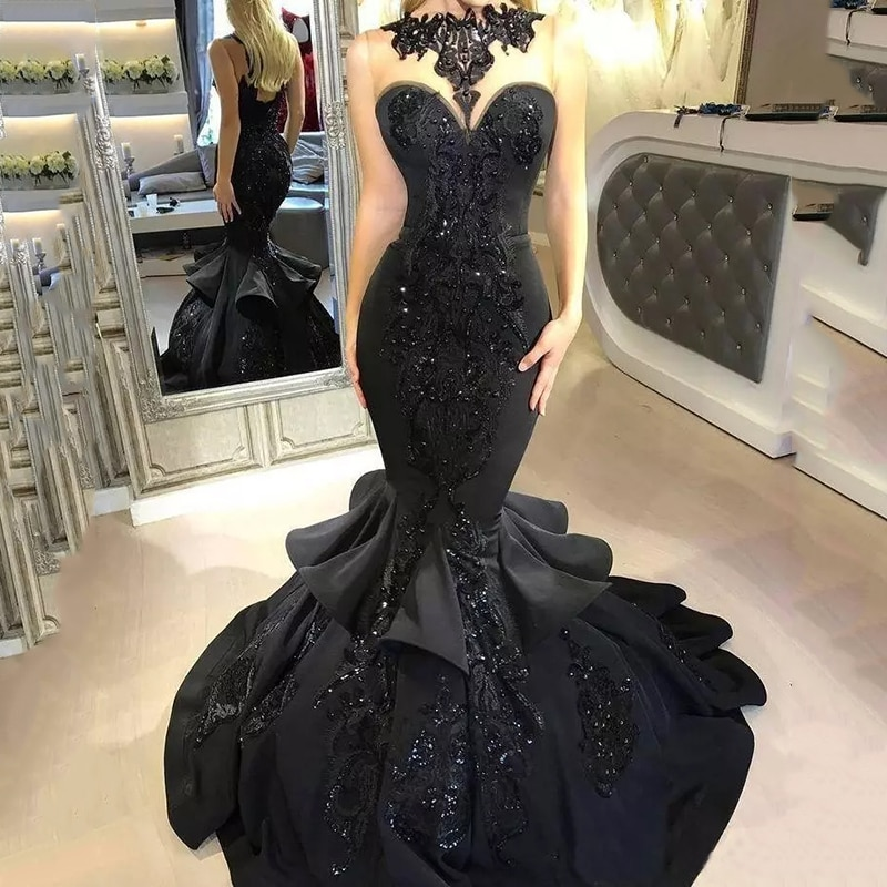 2019 Black Long Prom Dresses Sexy Beaded Appliqued Ruffled Mermaid Court Train Backless Formal Long