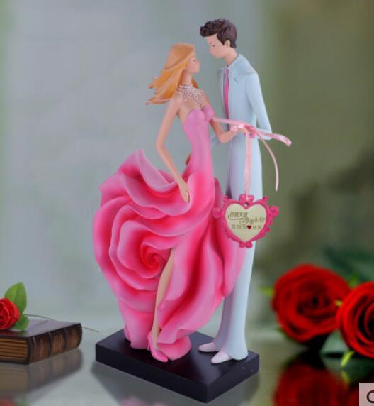 lucky home European wedding gift send bestie practical creative friend wedding gift valentine's day engagement rose couple put