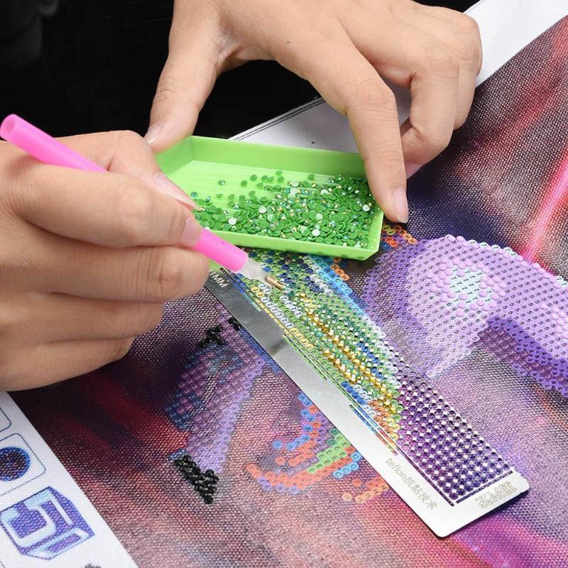 1pc de acero inoxidable diamante pintura regla para tela para costura DIY bordado artesanía de Patchwork herramientas Cruz Stich herramientas Dropshipping. Exclusivo.
