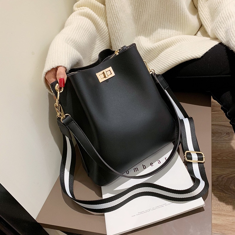 Сумка-мессенджер женская из экокожи, брендовый дизайнерский саквояж на плечо, модная однотонная вместительная широкополосная сумочка-мешок, 2021