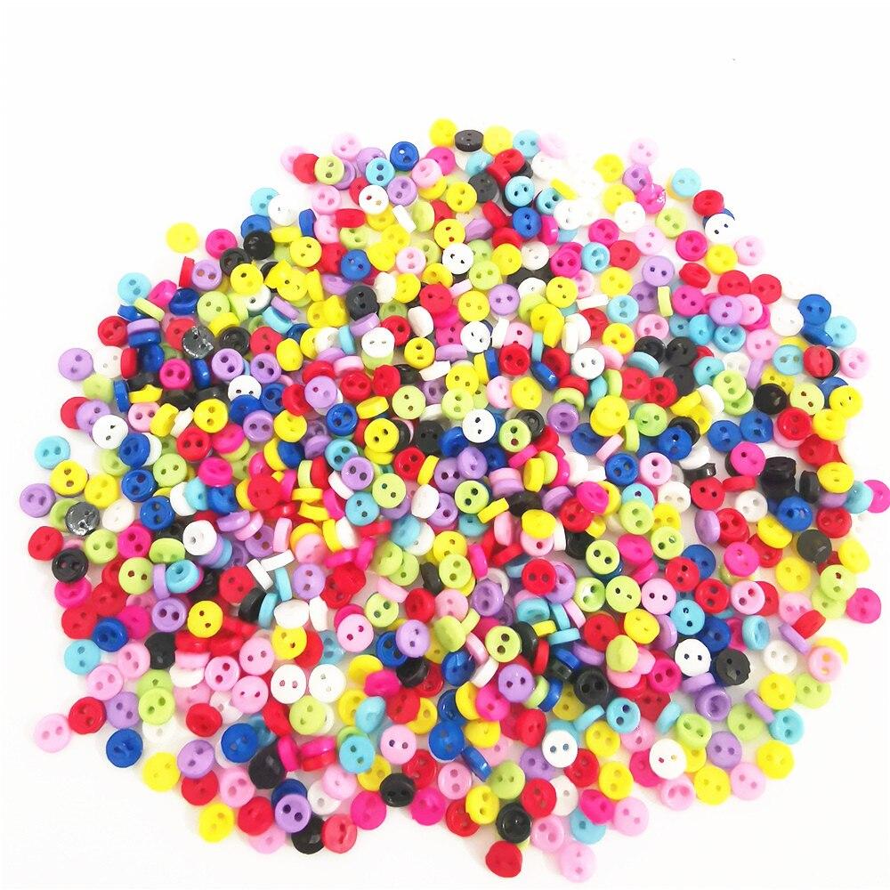 500 pces 3mm misturado mini pequenos botões redondos de plástico para a roupa da boneca costura acessórios diy artesanato Botões    -