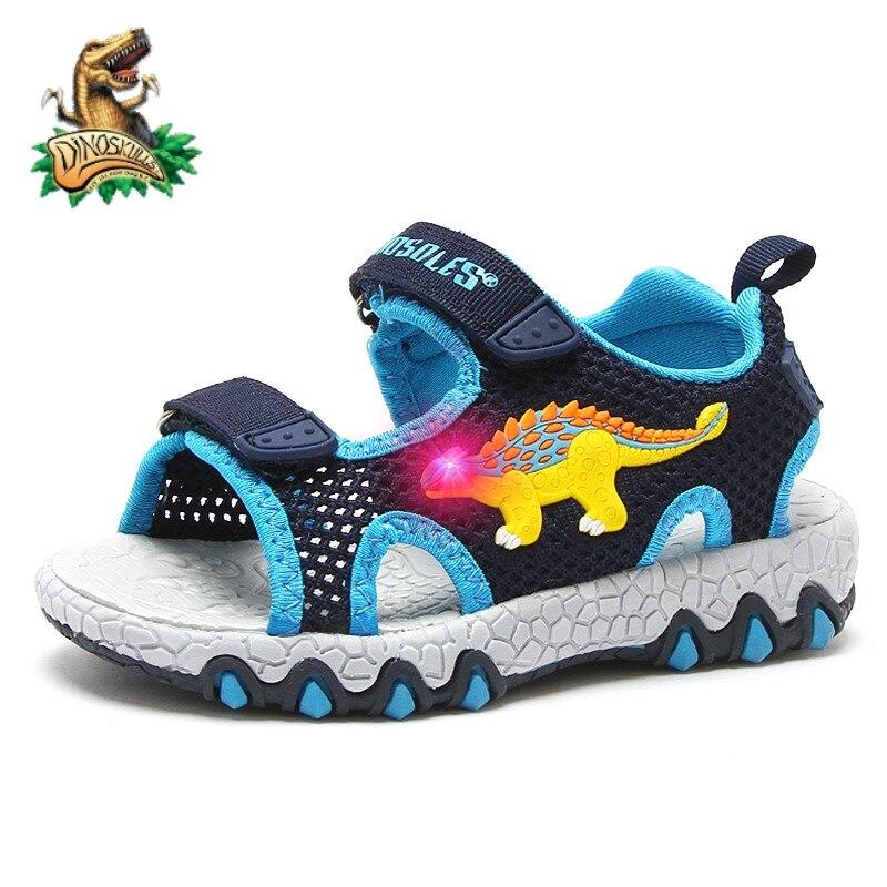 DINOSKULLS 2021 الصيف صنادل أطفال LED الإضاءة المفتوحة تو بنين أحذية الشاطئ موضة تنفس الأطفال في الهواء الطلق الصنادل عدم الانزلاق