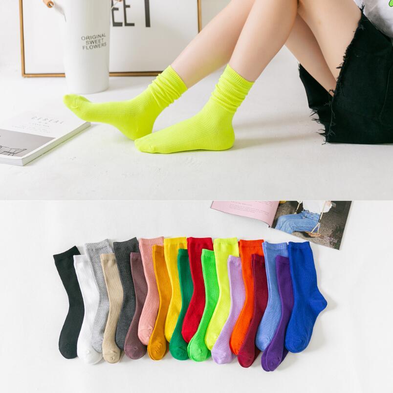 Meninas brilhantes meias esportivas 19 cores neon amarelo neon verde laranja fúcsia inverno curto meias femininas sólido neon tornozelo 6 pares
