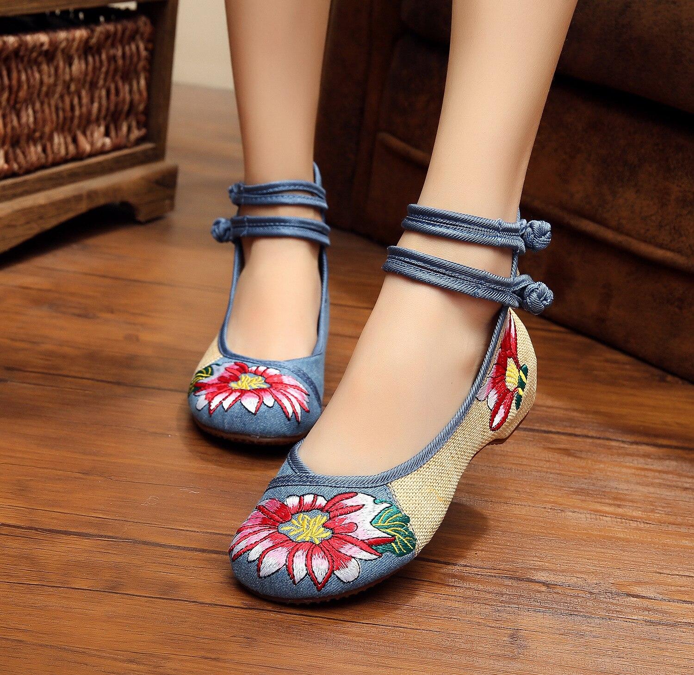 Veowalk Große Größe 41 Ballerinas Tanzen Schuhe Frauen Pfau Stickerei Weiche Sohle Casual Schuhe Peking Tuch Fuß Wohnungen