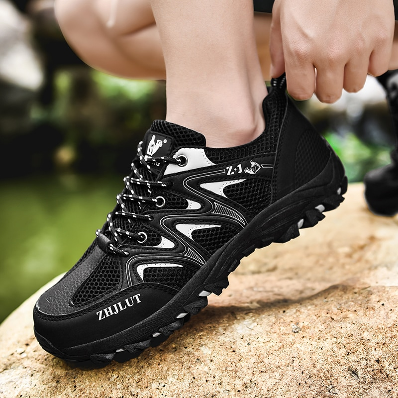 Mountain Climbing Trekking Shoes Men Breathable Mesh High Quality Hiking Shoes Non-slip Lace-up Outdoor Sneakers Sport Sneakers