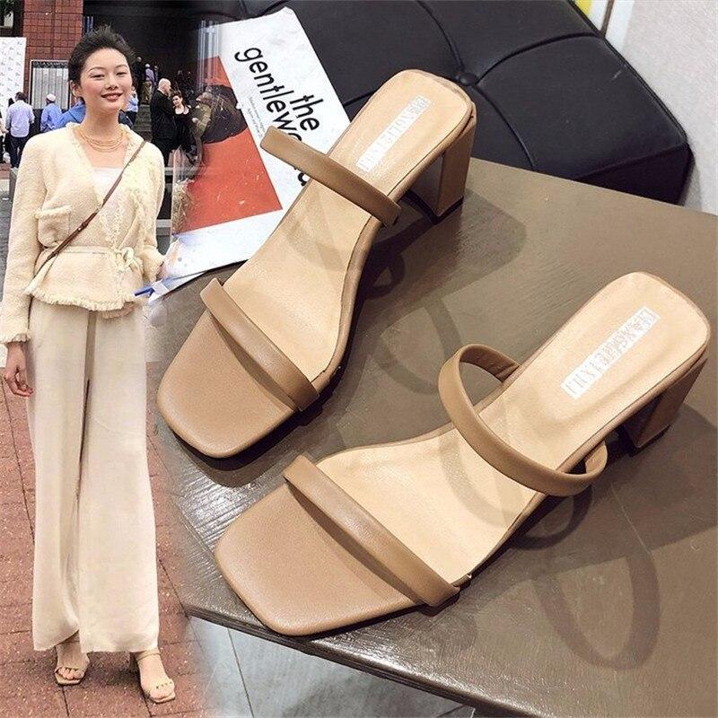 Planas com Alças para Pés Romanas de Salto Baixo com Sapatos Femininos para Uso Sandálias Externo