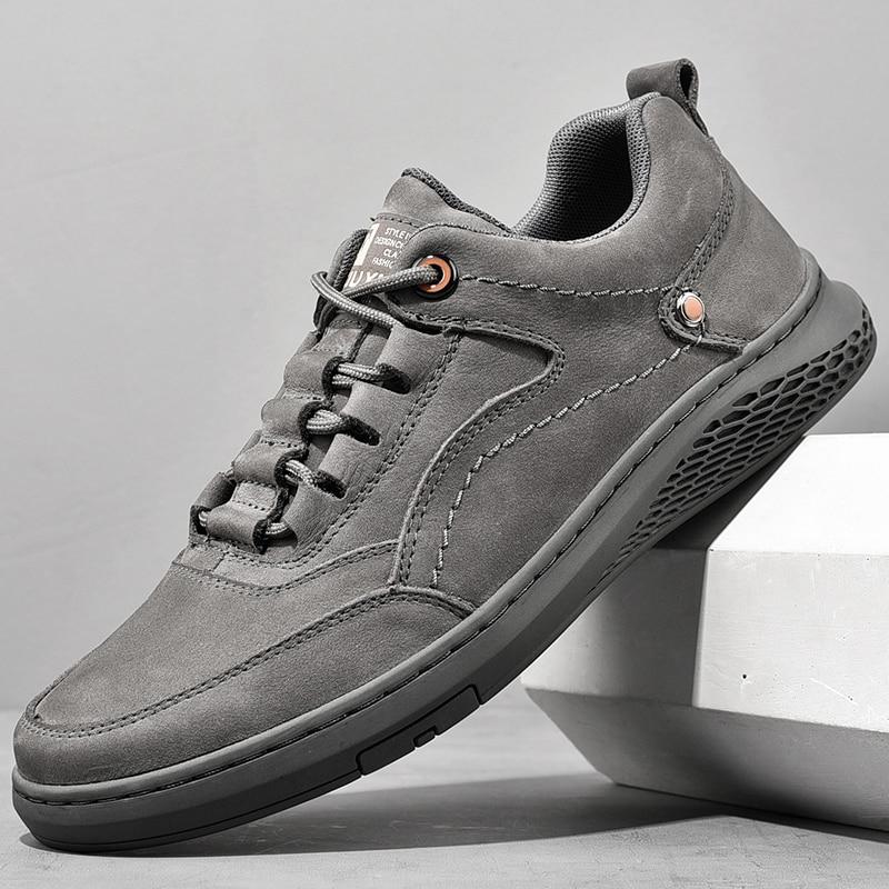 الرجال جلد طبيعي Shoess الدانتيل يصل الاتجاه مريحة حذاء رجالي في الهواء الطلق البريطانية موضة الرجال عالية الجودة أحذية رياضية الأخفاف الرجال