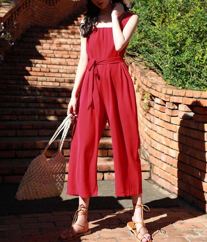 2019 Spring and summer new style Bohemian wide-leg pants Seaside suspenders Chiffon jumpsuit Korean version of the