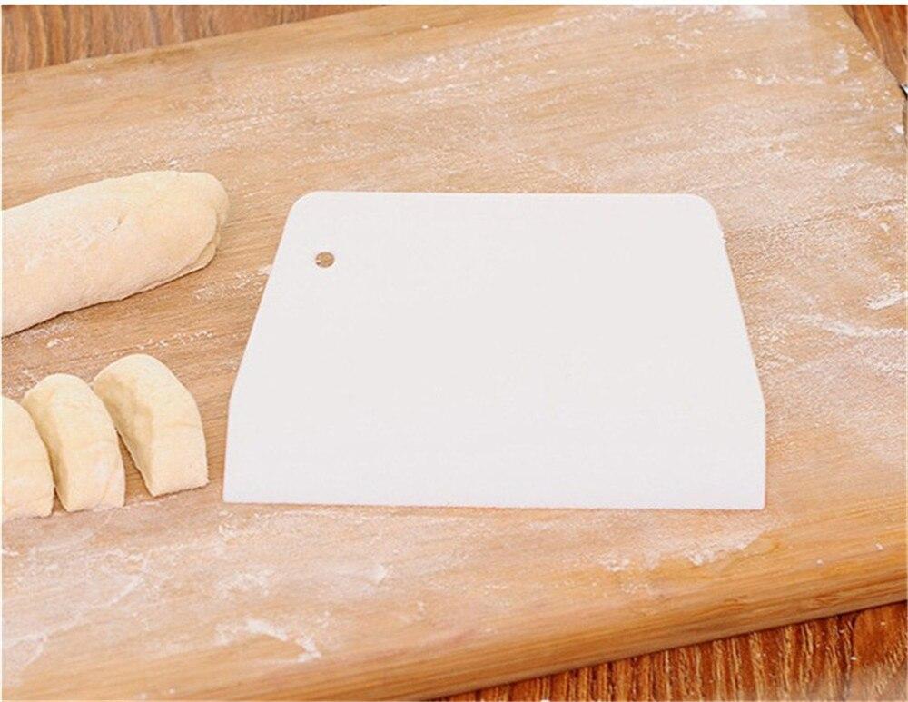 Utensilios de cocina, cortador de masa, pastel, espátula para pasteles, multifunción, lámina de PP, cortador blanco, herramientas para hornear 816
