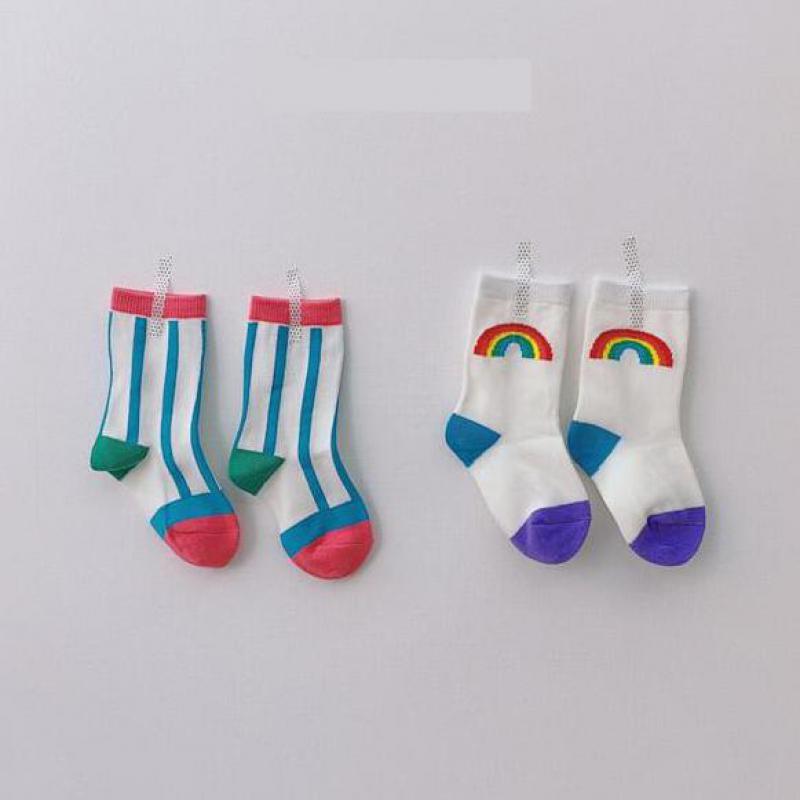 2 par listrado meias do bebê antiderrapante sola de borracha meias para o bebê meninas meninos arco-íris recém-nascidos crianças meias 1-3 t
