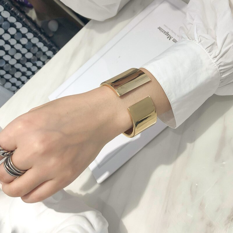 Popular asymmetrical wide-sided mirror opening bracelet web celebrity street shot fashion women's exaggerated hand accessories