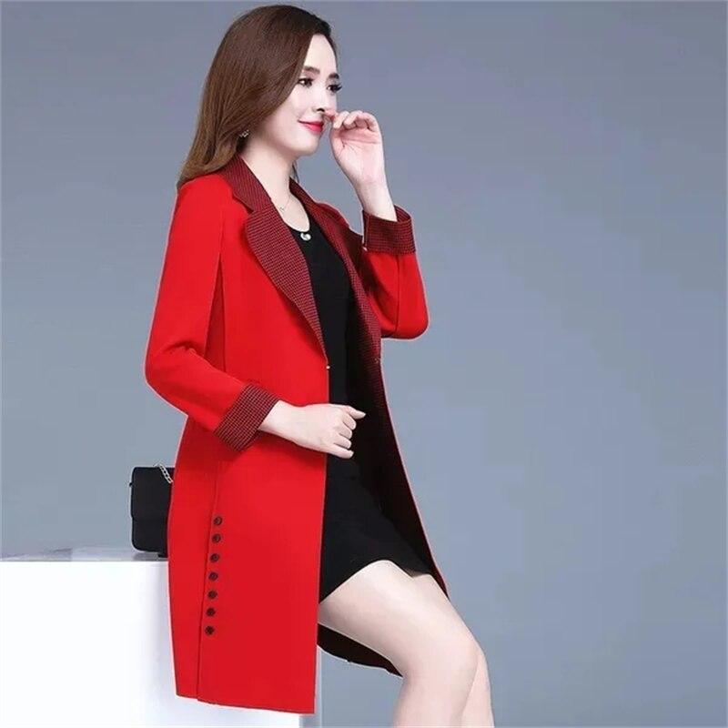 سترة واقية منقوشة غير رسمية المرأة منتصف طول 2021 الربيع والخريف الإناث جديد الكورية نمط ضئيلة قمة الموضة