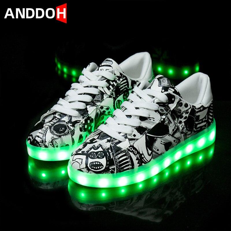حذاء الرياضة للأطفال ، حذاء خفيف ، بإضاءة خلفية ، للأطفال, حذاء الرياضة للأطفال مقاس 27-41 مزود بمنفذ USB ، أحذية رياضية مضيئة للأولاد والبنات