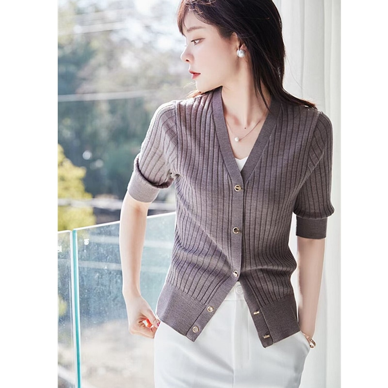 T-shirt Women 100% Wool Knitted V Neck Half Sleeves Single-breasted Solid 4 Colors Ladies Skinny Casual Top Ladies New Fashion