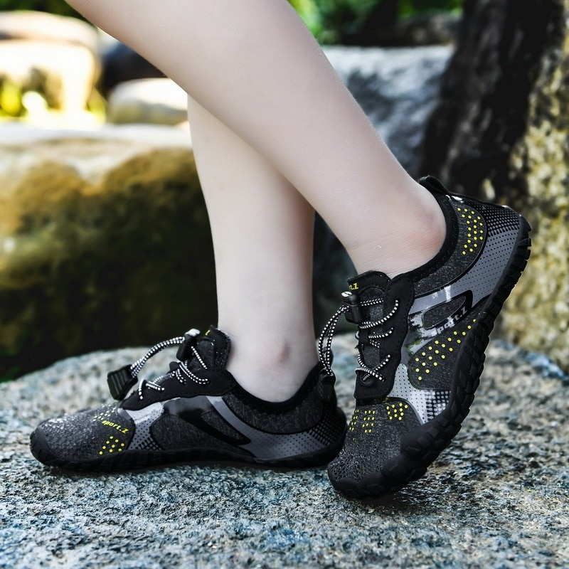 Children Aqua Shoes Summer Water Shoes Breathable Non-slip Sport Mesh Solid Color Sneaker Kids Boys