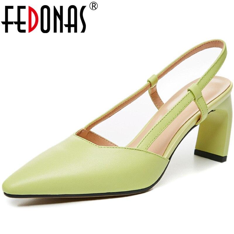 FEDONAS cuero de vaca mujeres Color sólido Nuevos zapatos de salón Primavera Verano tacones extraños bombas Pointe Toe Slip On Vintage 2020 Zapatos mujer