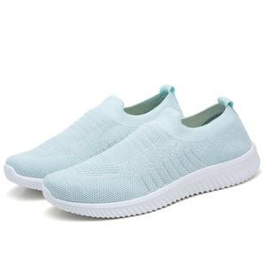 2020 New Sneakers Women Stretch Fabric Socks Shoes Woman Fashion Vulcanize Shoes Slip On Tenis Women Casual Shoes Size 35-43