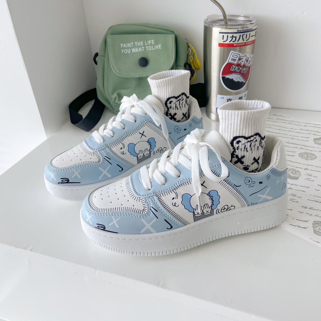 Женские кроссовки, обувь на платформе, Белая обувь, граффити, модная спортивная обувь, кавайная трендовая повседневная обувь, Студенческая обувь, 2021