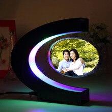 C forme électronique lévitation magnétique flottant Globe Po cadre bleu lumière cadeau danniversaire décor de noël cadeau de mariage