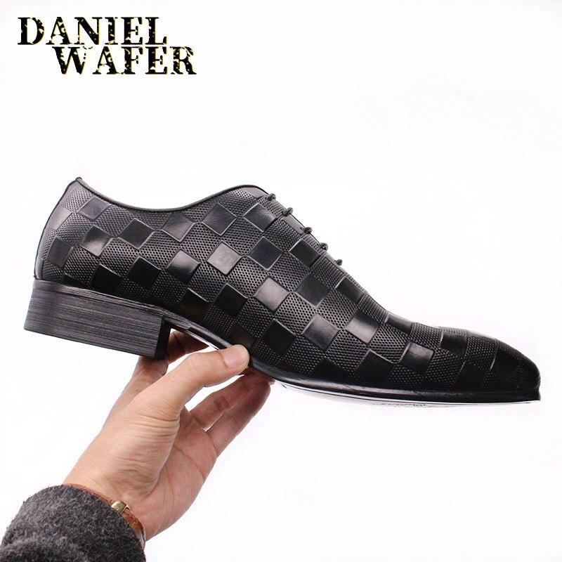 Feitos à Mão Rendas até Preto Sapatos de Escritório Sapatos de Couro Luxo Italiano Oxford Masculino Vestido Sapatos Moda Xadrez Impressões Casamento Formal