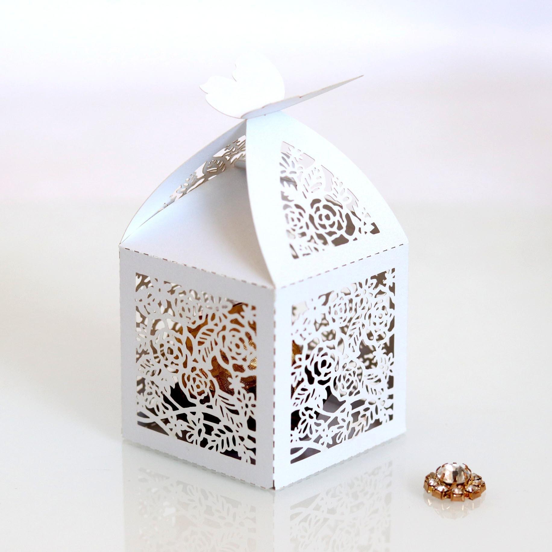 Hollow Die-Cut Butterfly Bukle Favor Boxes Wedding Candy Boxes Wedding Gift Boxes Hollow Rose Chocolate Box