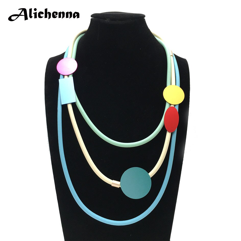 Feminino colorido geométrico de alumínio gargantilha colar punk na moda estilo bonito corda de couro em camadas colar presentes para menina