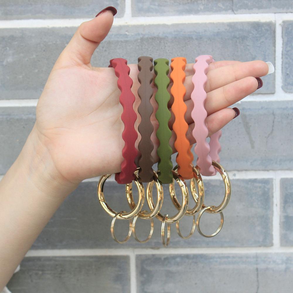 Nova onda padrão silicone pulseira chaveiro moda esportes corrugado silicone pulseira chaveiro saco acessórios