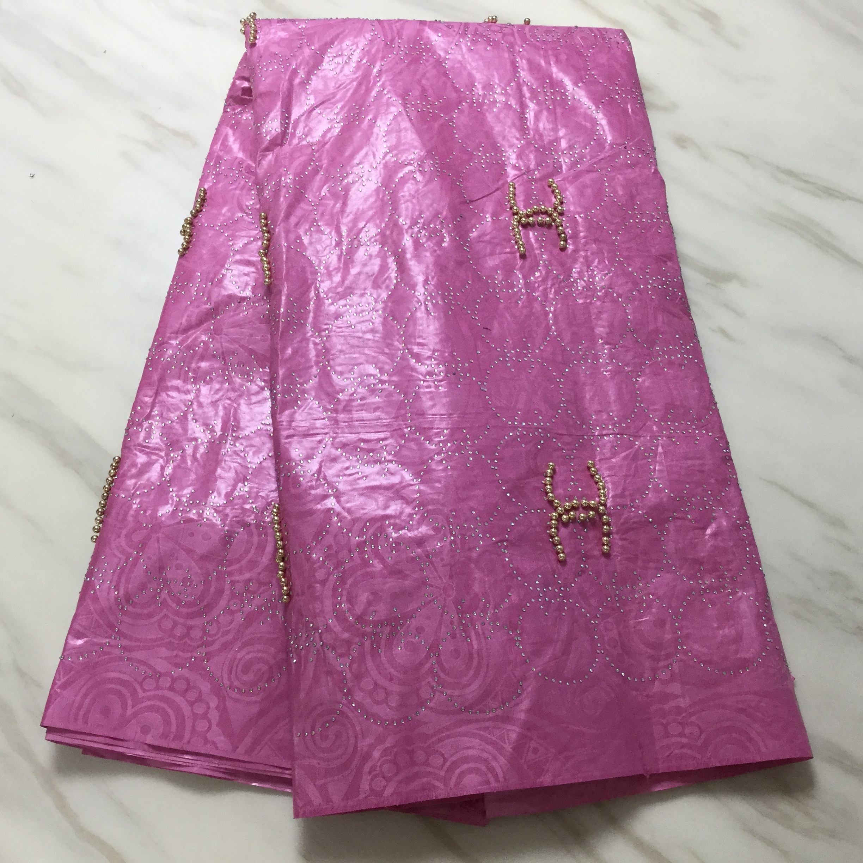 Gran oferta Rosa bazin riche getzner tissu dentelle pesado de tela de encaje Africana bazin tela de encaje jacquard gran oferta 5 yarda/set