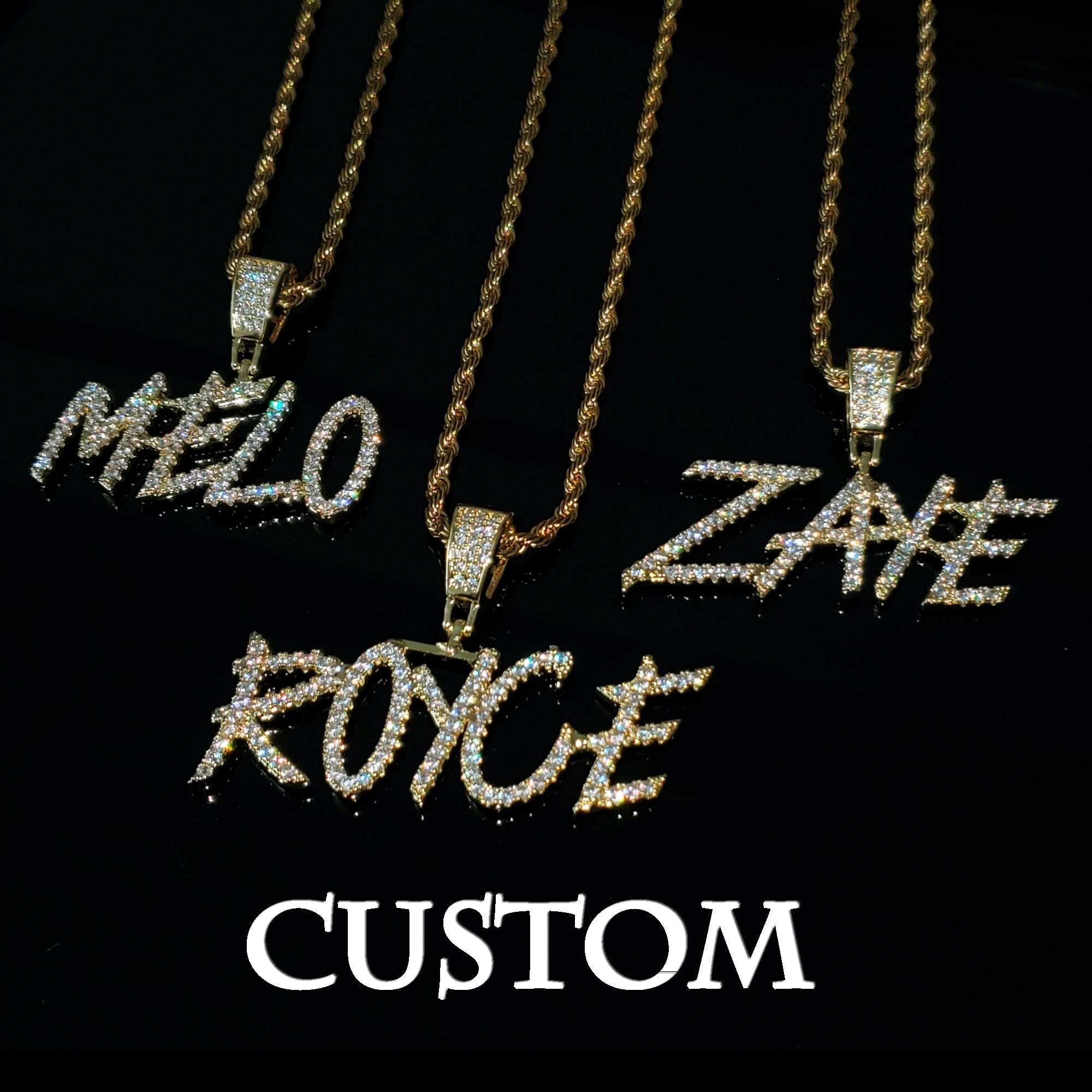 Ожерелье с кулоном с надписью на заказ