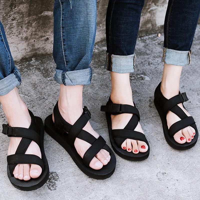 2020 New Light Man Sandals Men Summer Beach Shoes Couple Shoes Non-slip Open Toe Men's Sandals Beach Slippers Size 35-44 NANLX28