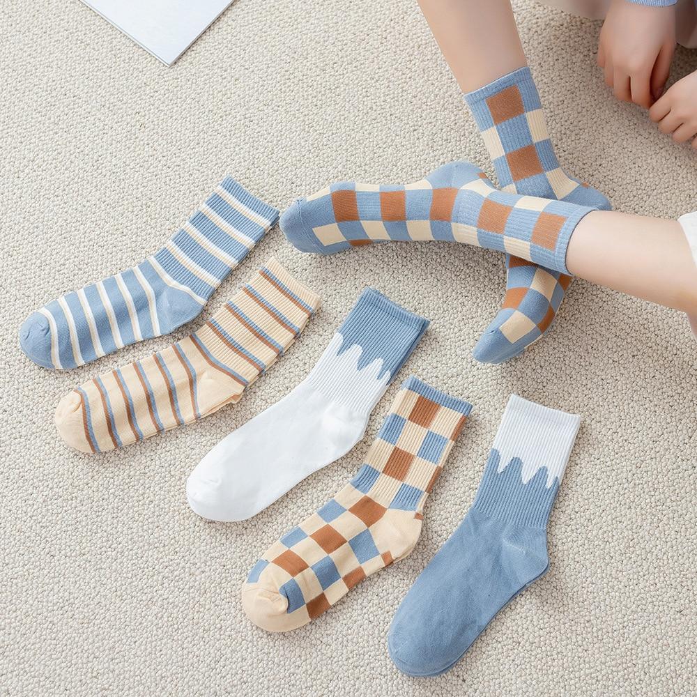 2021 socks female spring and summer Korean version ins tide British tube socks plaid contrast stitching stockings