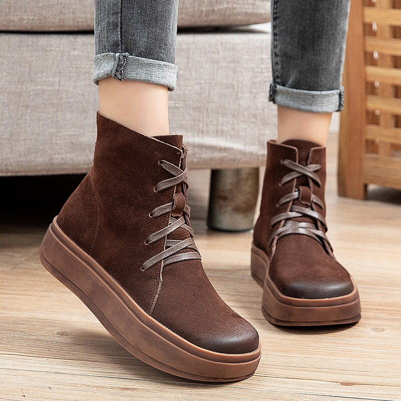 جديد أحذية النساء أحذية مريحة النساء أحذية جلدية فاخرة أحذية منصة جلدية فاخرة غير رسمية