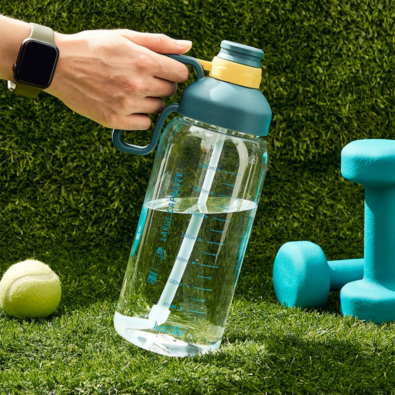 OWNPOWER 1800ml Outdoor Water Bottle with Straw Sports Bottles Eco-Friendly with Lid Hiking Camping